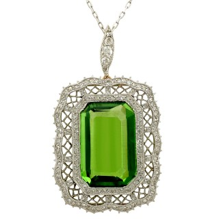 15.66ct Peridot and 1.65ct Diamond, 14ct Yellow Gold Pendant - Antique Circa 1910