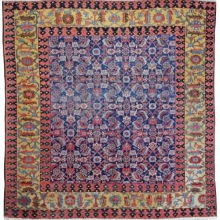 Antique Square Fereghan carpet