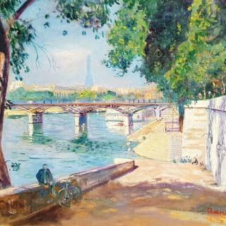 Below the Pont des Arts