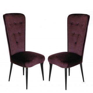 A PAIR OF ITALIAN BEDROOM CHAIRS IN MOHAIR VELVET