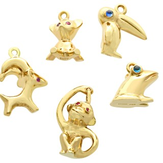 0.34ct Sapphire and 0.26 Ruby, 9 ct Yellow Gold Animal Charms - Vintage