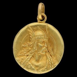 Art Nouveau Vercingetorix medal pendant, French, circa 1900.