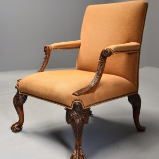 Early 20th century fine quality Georgian style mahogany Gainsborough armchair