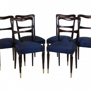 A SET OF SIX FINE ITALIAN DINING CHAIRS
