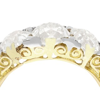 Antique 1910s 2.77ct Diamond and 18ct Yellow Gold Trilogy Ring