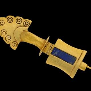 Ancient Roman lapis lazuli brooch, circa 2nd century AD.