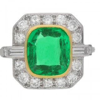Colombian emerald and diamond cluster ring, circa 1940.