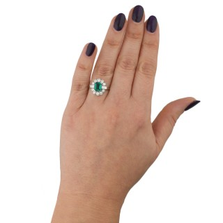 Vintage Colombian emerald and diamond cluster ring, circa 1950.