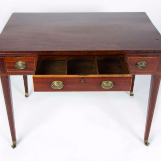 Late 18th Century Mahogany Draw Leaf Table to a Design by Thomas Sheraton