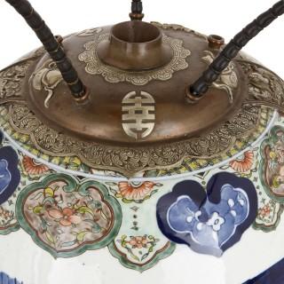 19th century Chinese porcelain opium jar