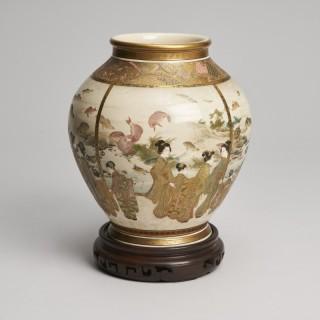 An interesting Japanese Meiji Period Satsuma vase signed Fuzan Ryun