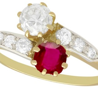 0.70 ct Ruby and 0.85 ct Diamond, 18 ct Yellow Gold Twist Ring - Antique Circa 1910