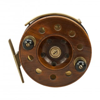 Walnut Frogback Fishing Reel