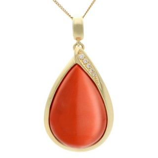 59.14ct Coral and 0.17ct Diamond, 14ct Yellow Gold Pendant - Vintage Circa 1970