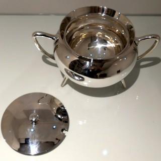 19th Century Antique Victorian Silverplate Soup Tureen Circa 1890  Walker & Hall