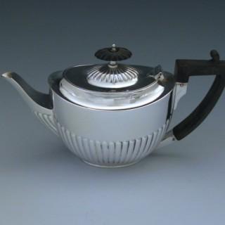 Sterling Silver Edwardian Tea Pot  1910