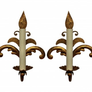 A PAIR OF FRENCH GILT METAL SCONCES