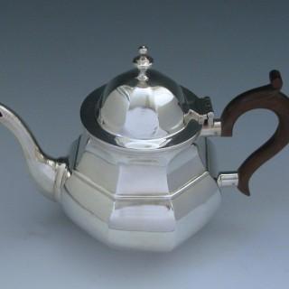 Sterling Silver Edwardian Tea Pot made in 1902