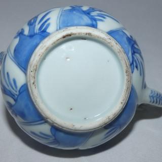 Chinese - Kangxi - Blue and White Porcelain Tea pot