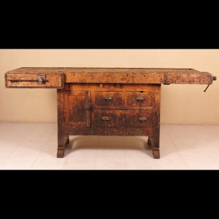 Early-19th-century-english-work-bench-1830