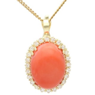 7.10 ct Coral and 0.48 ct Diamond, 14ct Yellow Gold Pendant - Vintage Circa 1970