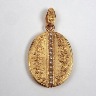 Mid-19th Century French Gold Locket and Chain