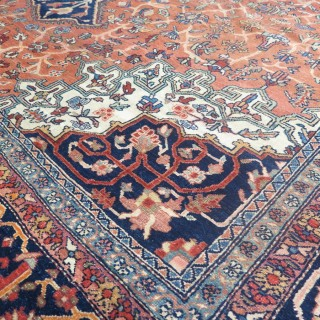Sarouk-Feraghan carpet