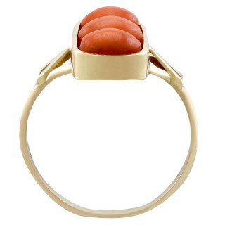 3.60ct Coral and 14ct Yellow Gold Dress Ring - Antique Circa 1920