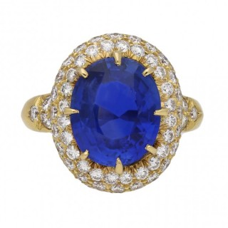 Van Cleef & Arpels Burmese sapphire and diamond cluster ring, French, circa 1970.