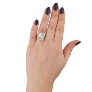 Mellerio Art Deco diamond cluster ring, French, circa 1925.