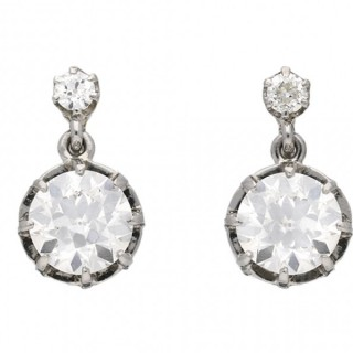 Belle Époque diamond drop earrings, circa 1905.