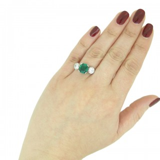 Art Deco Colombian emerald and diamond ring, French, circa 1925.