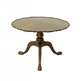 Mahogany Pie Crust Tripod Table With Tilt Top