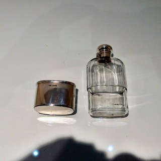 Early 20th Century Antique George V Sterling Silver & Glass Hip Flask London 1914/6 maker PWG
