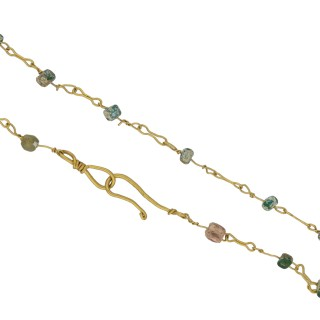 Ancient Roman gold and bead necklace, circa 2nd century AD.
