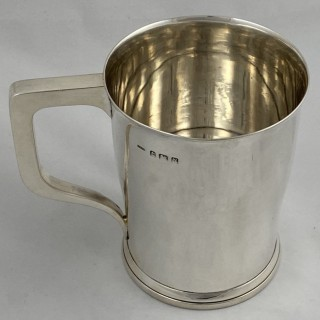 An Art Deco Sterling Silver Pint Mug/Tankard made in 1937 by Hassett and Harper of Birmingham.