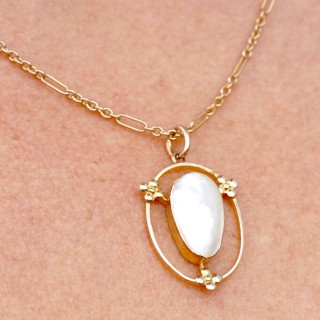 Blister Pearl and 9 ct Yellow Gold Necklace - Antique Circa 1920