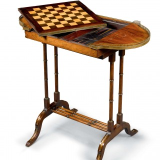 THE VIVIEN LEIGH COLLECTION Backgammon and Chess Table