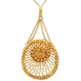 21ct Yellow Gold Nautilus Locket - Antique Circa 1830
