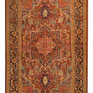 Antique Persian Heriz Rug 260x310cm