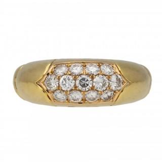 Bulgari vintage diamond cluster ring, Italian, circa 1970.