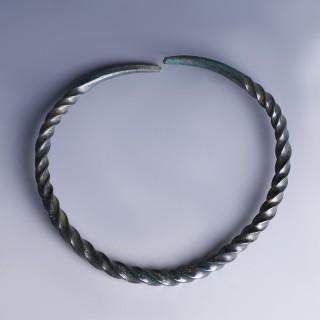 Exquisite Bronze Age Spiral Bangle