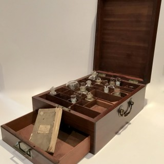 Rare George 111 Apothecary Box