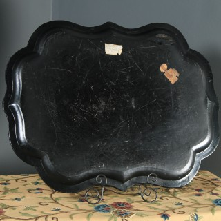 Antique English Victorian Ebonised Chinoiserie Floral Papier Mâché Drinks Butlers Tray (Circa 1860)