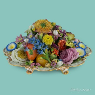 Minton trompe l'oeil dish of fruits and flowers