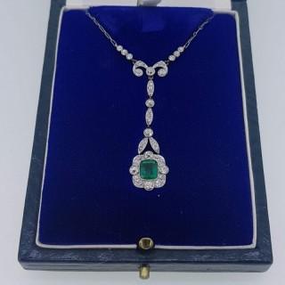 Art Deco Platinum Emerald & Diamond Pendant