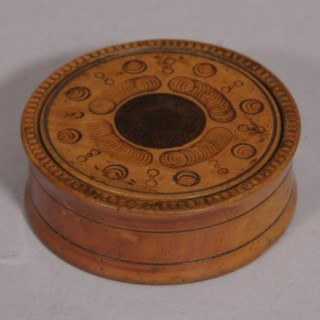 Antique Treen 19th Century Boxwood Snuff Box