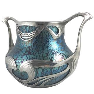 Art Nouveau iridescent Papillon glass vase in sinuous pewter mount by Loetz