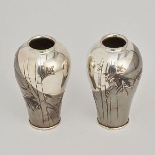 A Pair of Japanese Meiji Period Tsuiki vases with a bamboo design