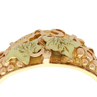 Black Hills, 14 ct Yellow Gold Ring - Vintage Circa 1950